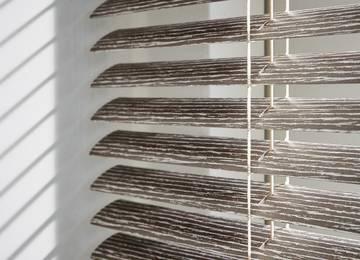 Venetian Blinds Luxaflex